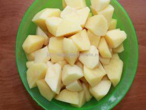 Картофель порезали помыли