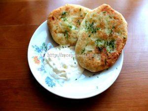 Пирожки с картошкой на сковородке
