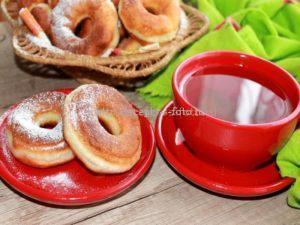 Готовые жаренные пончики