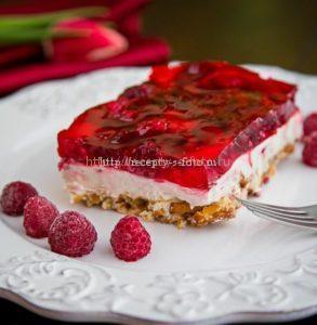 Готовый пирог с желле