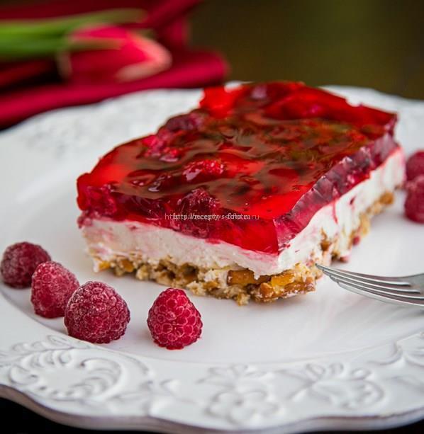 Быстрый пирог с малиновым желе «Мечта лентяя»