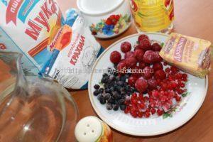 Ингредиенты для приготовления пирога с ягодами