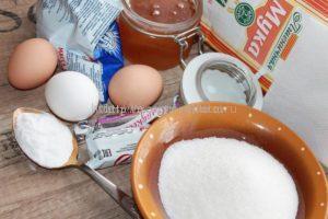 Ингредиенты для приготовления медового торта
