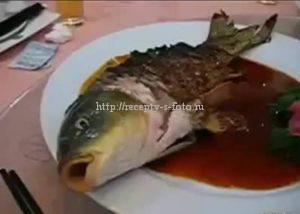 живая жаренная рыба
