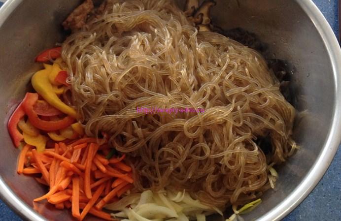 добавим корейскую морковку