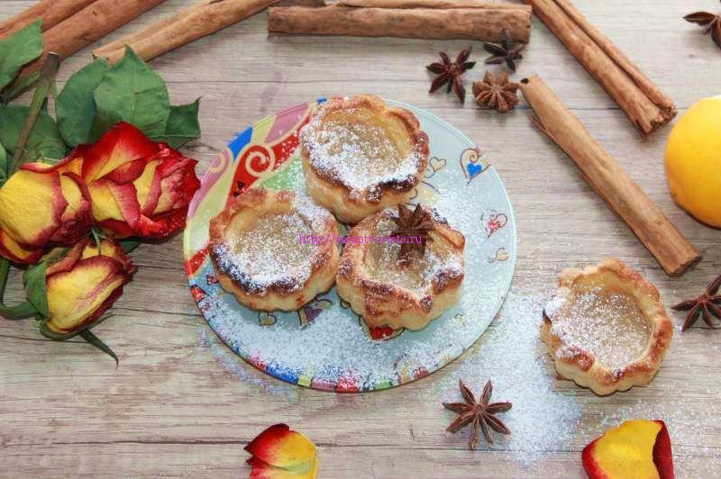 Слоеные пирожные с заварным кремом