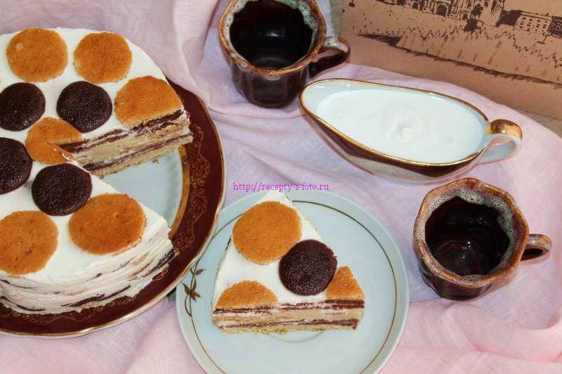 торт готовый бисквитный