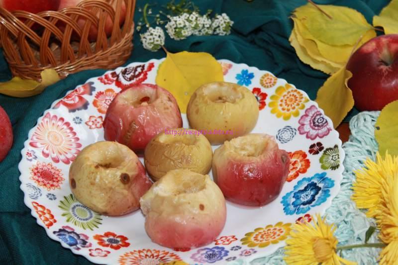 яблоки запеченые в духовке