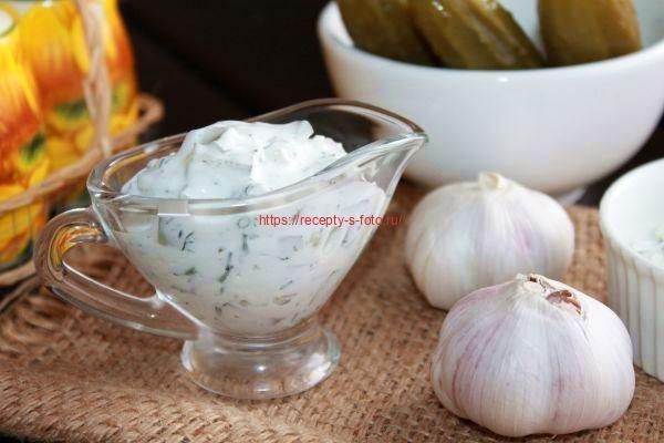 готовим соус из соленых огурцов