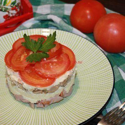 салат Любимый муж на тарелке
